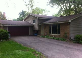 Pre Foreclosure in Lisle 60532 RIVER DR - Property ID: 1408708484