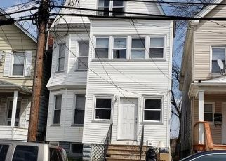 Pre Foreclosure in Bloomfield 07003 LAWRENCE ST - Property ID: 1409162665