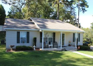 Pre Foreclosure in Tallassee 36078 JOY ST - Property ID: 1409444278