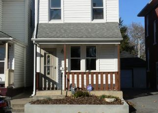 Pre Foreclosure in York 17404 MONROE ST - Property ID: 1409486323