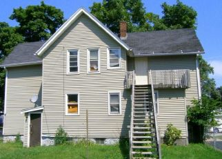 Pre Foreclosure in Rockford 61104 12TH AVE - Property ID: 1409532756