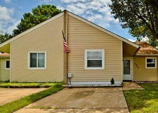 Pre Foreclosure in Virginia Beach 23464 OWL CT - Property ID: 1409713189