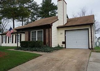 Pre Foreclosure in Chesapeake 23321 WOODBAUGH DR - Property ID: 1409731148