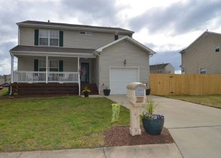 Pre Foreclosure in Suffolk 23434 WOODS EDGE CIR - Property ID: 1409755686