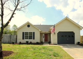 Pre Foreclosure in Suffolk 23434 CYPRESS CT - Property ID: 1409788978