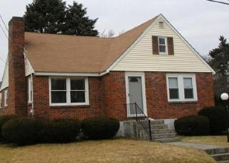 Pre Foreclosure in Dracut 01826 VERMONT AVE - Property ID: 1409813492