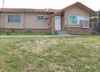 Pre Foreclosure in Porterville 93257 W AURORA AVE - Property ID: 1410042106