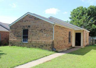 Pre Foreclosure in Dallas 75227 CAROLINA OAKS DR - Property ID: 1410277752