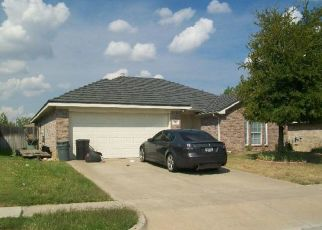 Pre Foreclosure in Crowley 76036 ADAMS DR - Property ID: 1410349580