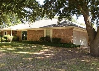 Pre Foreclosure in Fort Worth 76133 WAYLAND DR - Property ID: 1410353520