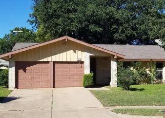 Pre Foreclosure in Arlington 76014 GLEN ROCK PL - Property ID: 1410354835