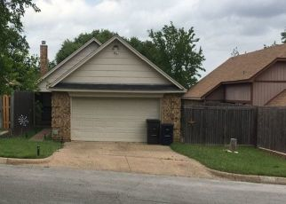 Pre Foreclosure in Fort Worth 76108 TALL OAK DR - Property ID: 1410382871