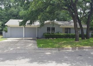 Pre Foreclosure in Fort Worth 76119 MELINDA DR - Property ID: 1410384614