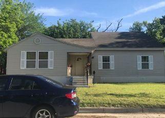 Pre Foreclosure in Haltom City 76117 ELLISON AVE - Property ID: 1410454242