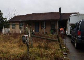 Pre Foreclosure in Bulls Gap 37711 WALKERS CHURCH RD - Property ID: 1410497616