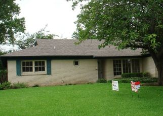 Pre Foreclosure in Fort Worth 76134 REVERE DR - Property ID: 1410567239