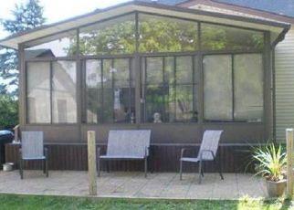 Pre Foreclosure in Barberton 44203 S HAMETOWN RD - Property ID: 1410588708