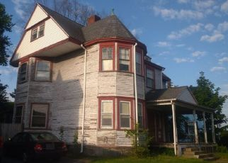 Pre Foreclosure in Medford 02155 HIGH ST - Property ID: 1410600533