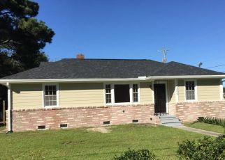 Pre Foreclosure in North Charleston 29405 WHITNEY DR - Property ID: 1410675424