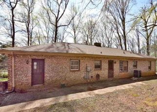Pre Foreclosure in Greer 29651 BEECHWOOD DR - Property ID: 1410760838