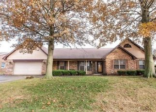 Pre Foreclosure in Belleville 62226 PINEY WOODS DR - Property ID: 1411070928