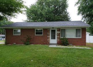 Pre Foreclosure in Fairview Heights 62208 CROSSROAD DR - Property ID: 1411103317