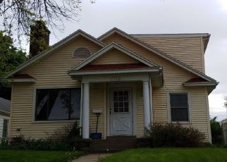 Pre Foreclosure in Davenport 52803 ARLINGTON AVE - Property ID: 1411128732