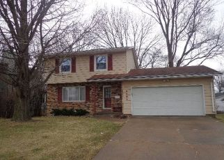 Pre Foreclosure in Bettendorf 52722 MIDDLE RD - Property ID: 1411136168