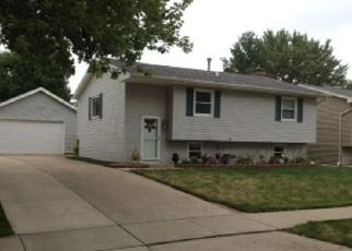 Pre Foreclosure in Davenport 52804 EMERALD DR - Property ID: 1411137941