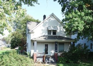 Pre Foreclosure in Davenport 52802 JACKSON AVE - Property ID: 1729217414