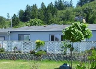 Pre Foreclosure in Gold Beach 97444 RUSSELL ST - Property ID: 1411723948