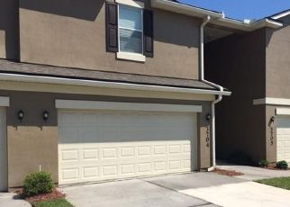 Pre Foreclosure in Orange Park 32003 CALMING WATER DR - Property ID: 1411729183
