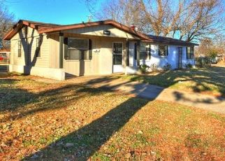 Pre Foreclosure in Oklahoma City 73115 MISTLETOE AVE - Property ID: 1411763799