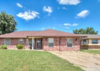 Pre Foreclosure in Oklahoma City 73160 S HOWARD AVE - Property ID: 1411766865