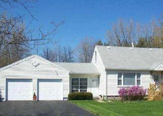 Pre Foreclosure in Rochester 14626 MAIDEN LN - Property ID: 1412379136