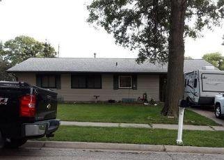 Pre Foreclosure in Lincoln 68506 S BERMUDA DR - Property ID: 1412693616