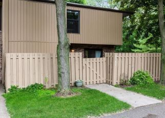 Pre Foreclosure in Minneapolis 55422 UNITY AVE N - Property ID: 1412978285