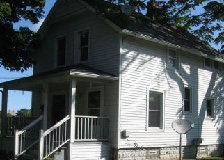 Pre Foreclosure in Lansing 48915 CHICAGO AVE - Property ID: 1413016846