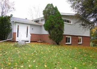 Pre Foreclosure in Lapeer 48446 SLATER RD - Property ID: 1413027793