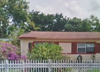 Pre Foreclosure in Opa Locka 33056 NW 185TH TER - Property ID: 1413120188