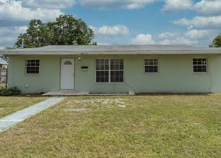 Pre Foreclosure in Opa Locka 33055 NW 201ST TER - Property ID: 1413156103