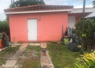 Pre Foreclosure in Hialeah 33010 E 8TH AVE - Property ID: 1413176700