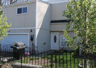 Pre Foreclosure in Middletown 06457 BRAEBURN LN - Property ID: 1413266934