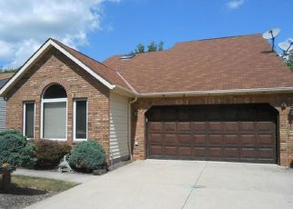Pre Foreclosure in Strongsville 44149 LUNN RD - Property ID: 1413389555