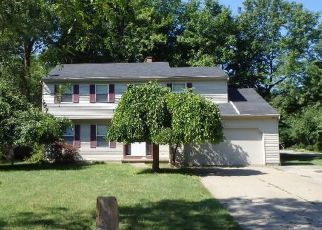 Pre Foreclosure in North Olmsted 44070 WILD OAK DR - Property ID: 1413393946