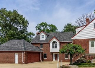 Pre Foreclosure in Brook Park 44142 W 130TH ST - Property ID: 1413410129