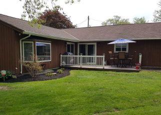 Pre Foreclosure in Berea 44017 VIVIAN DR - Property ID: 1413437736