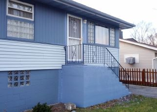 Pre Foreclosure in Gary 46406 CLINTON ST - Property ID: 1413517439