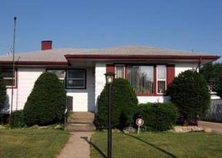 Pre Foreclosure in Hammond 46323 GRAND AVE - Property ID: 1413526640