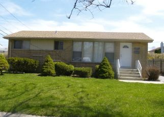 Pre Foreclosure in Chicago Heights 60411 IRIS LN - Property ID: 1413630886
